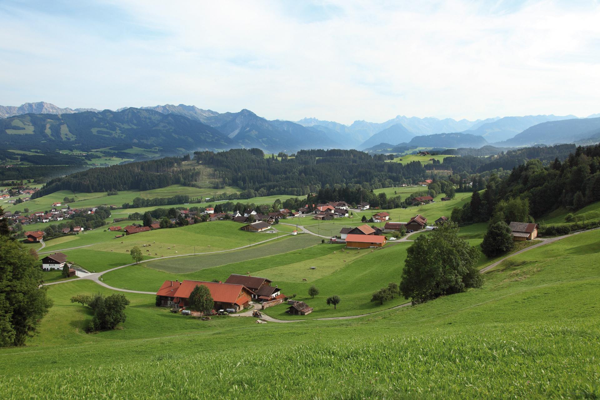 buhmann-fewo-obermaiselstein-panorama-1-startseite-parallax
