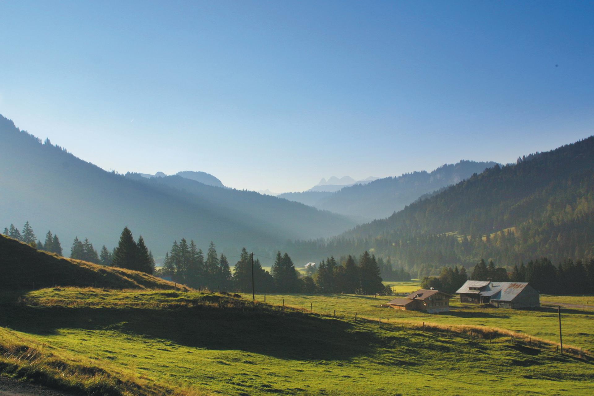 buhmann-fewo-obermaiselstein-panorama-3-startseite-parallax