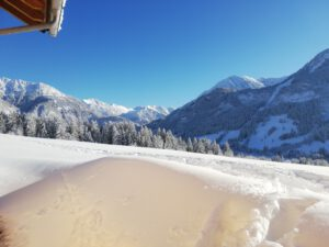 Winter Hinderbache